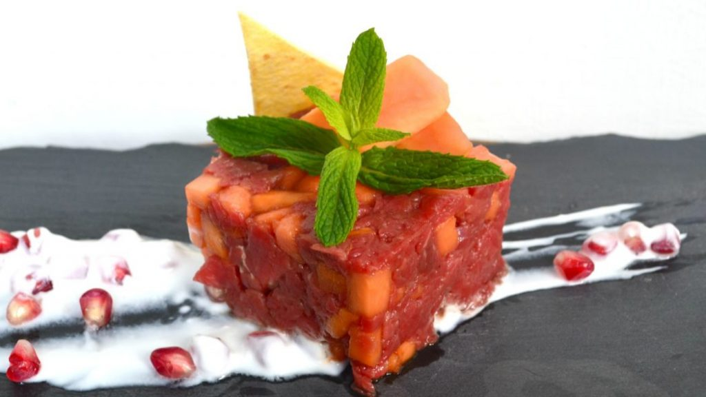 Tartare di fassona e papaya